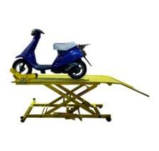 7006. Plataforma Elevadora hidráulica para motos.